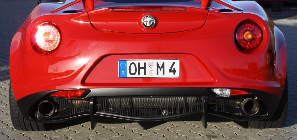 Alfa romeo 4c spider exhaust sound